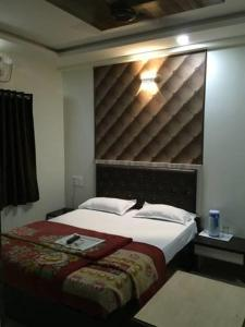 12 Star Garuda, Hotels  Pune - big - 15