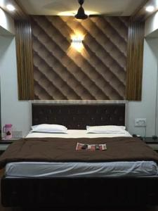 12 Star Garuda, Hotels  Pune - big - 12