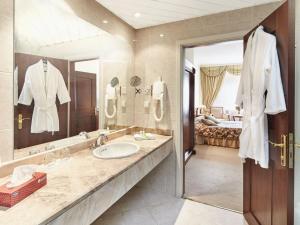 Отель Протон - фото 10