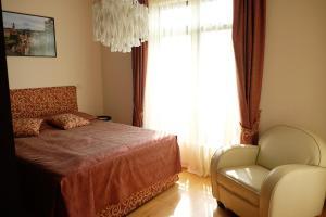 Apartment at Hillside Village, Apartmány  Bozhurets - big - 31