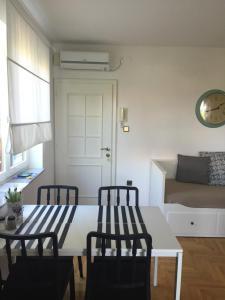 Apartments Papalinna, Апартаменты  Малинска - big - 28