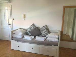 Apartments Papalinna, Апартаменты  Малинска - big - 29
