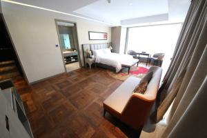 Фото отеля Joya Hotel Urumqi
