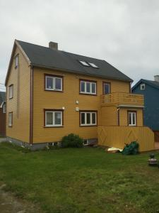 Varanger Old House Apartment