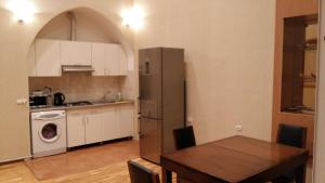 Апартаменты На улице Низами 81