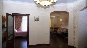 Comfort in Historical Center of Odessa, Apartments  Odessa - big - 39