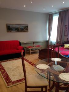 Apartment on Glazovskiy pereulok