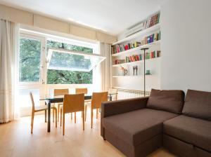 LP 125, Appartamenti  Trieste - big - 2