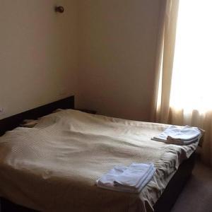 Отель Crown, Сигнахи