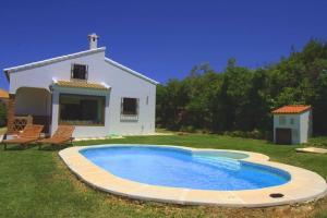 Villa Los Almendros, Prázdninové domy  El Gastor - big - 9