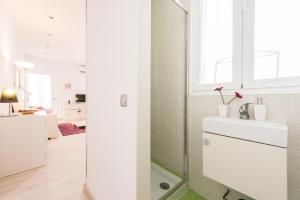 Canal De Isabel II, Apartmanok  Madrid - big - 28