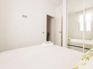 Canal De Isabel II, Apartmanok  Madrid - big - 20