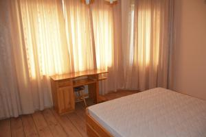 Nelina Guesthouse, Guest houses  Bozhurets - big - 22