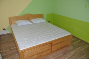 Nelina Guesthouse, Guest houses  Bozhurets - big - 15