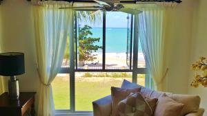 Real Beach Front Penthouse Malibu Beach Luxury Resort
