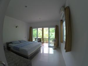 A picture of Moon Garden House 2
