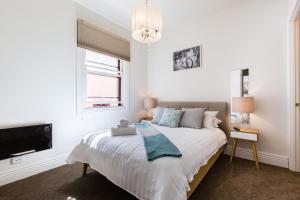 Aerin - Beyond a Room Private Apartments - Melbourne CBD, Victoria, Australia