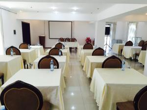 Hotel Ark MS, Hotely  Taraz - big - 15