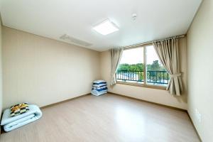 Dorami Pension, Prázdninové domy  Seogwipo - big - 15