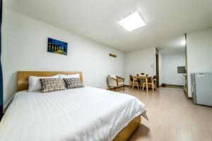 Dorami Pension, Prázdninové domy  Seogwipo - big - 7