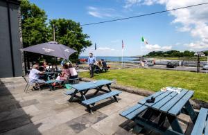 Балливон - The Burren Atlantic Hotel