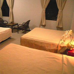 燕山酒店 image