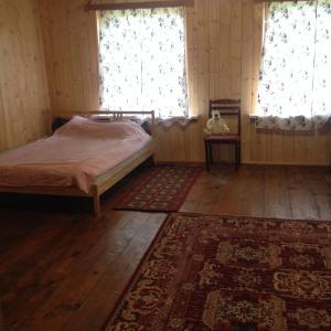 Загородный отель На берегу озера, Опочка