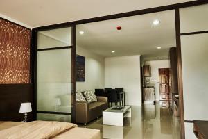Baan Klang Condo Hua Hin, Apartmanok  Huahin - big - 13