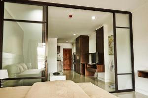 Baan Klang Condo Hua Hin, Apartmanok  Huahin - big - 2