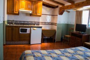 Casa Rural Montcabrer, Ferienhöfe  Agres - big - 7