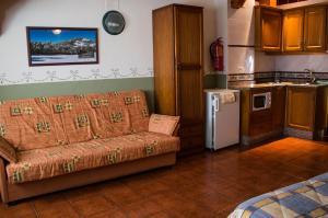 Casa Rural Montcabrer, Venkovské domy  Agres - big - 9