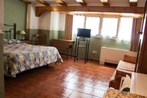Casa Rural Montcabrer, Ferienhöfe  Agres - big - 10