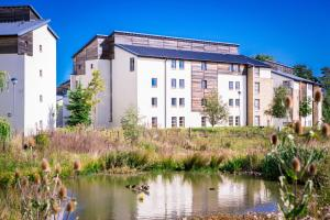obrázek - David Russell Hall - Campus Accommodation