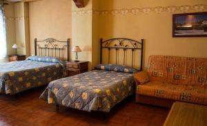 Casa Rural Montcabrer, Ferienhöfe  Agres - big - 12