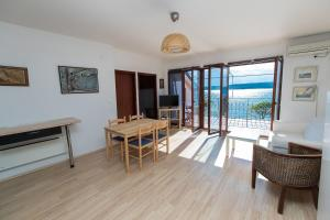 Beach Apartments Center, Apartmanok  Crikvenica - big - 26