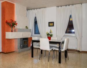 La Piazza, Appartamenti  Santa Vittoria in Matenano - big - 6