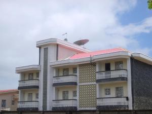 Raza Guesthouse