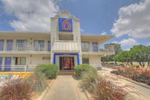 obrázek - Motel 6 San Antonio - Fiesta