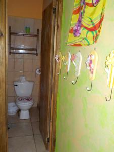 Roatan Backpackers' Hostel, Hostelek  Sandy Bay - big - 25