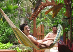Roatan Backpackers' Hostel, Hostelek  Sandy Bay - big - 89