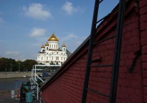 Отель October Riverside Inn - фото 8