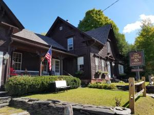 obrázek - 1860 House Inn and Rental Home