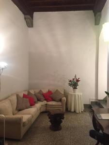 Pandolfini's Palace