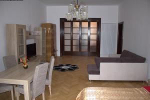 Apartament Casa Mandl, Apartmanok  Brassó - big - 36