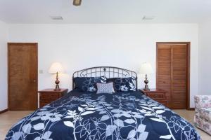 Seaside Bungalow 65 - Vilano Beach Three Bedroom Home, Prázdninové domy  Vilano Beach - big - 20