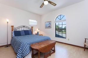 Seaside Bungalow 65 - Vilano Beach Three Bedroom Home, Dovolenkové domy  Vilano Beach - big - 12