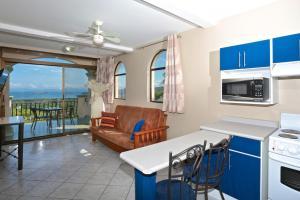 Chantel Suites, Гостевые дома  Коко - big - 21