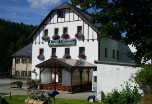 Pension und Gaststätte Schlösselmühle
