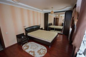 Apartment On Sevastopolskaya 46a