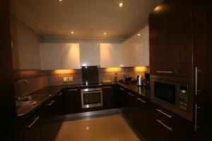 705 Cape Royale, Apartments  Cape Town - big - 9